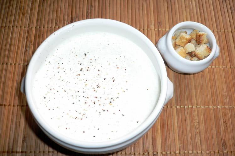 Crème de cèpes à la cannelle