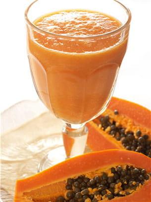 la papaye peut se boire en jus.