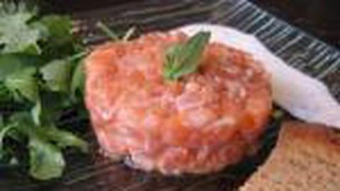 Tartare de saumon en vidéo