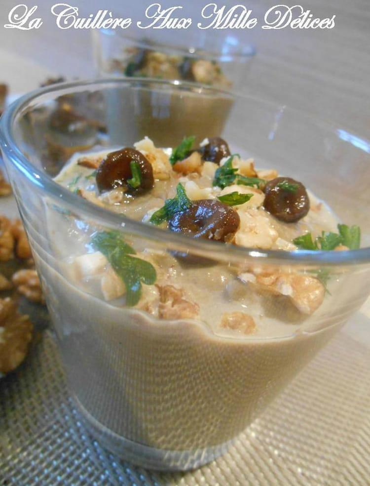 Recette de velout de chanterelles et noix la recette facile - Cuisiner la chanterelle ...