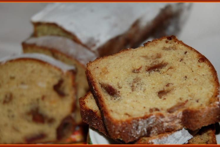 Cake aux dattes à la fleur d'oranger