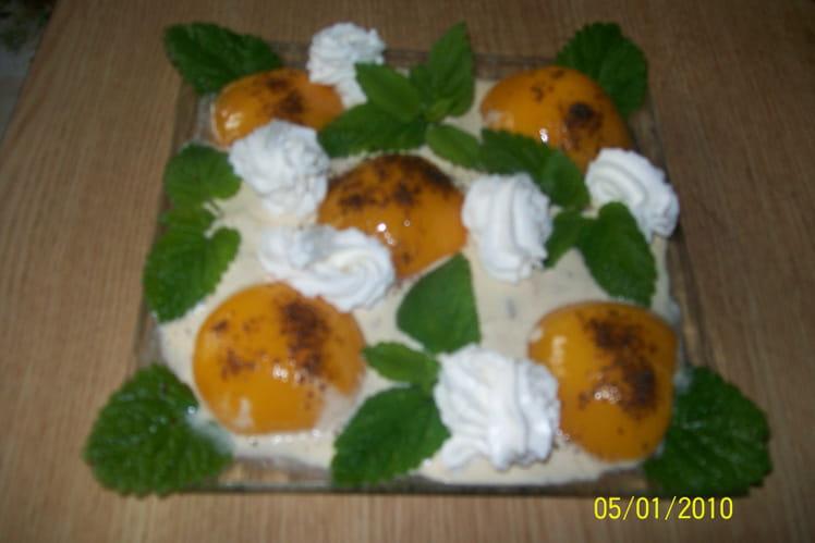 Crème glacée aux oreillons de pêches