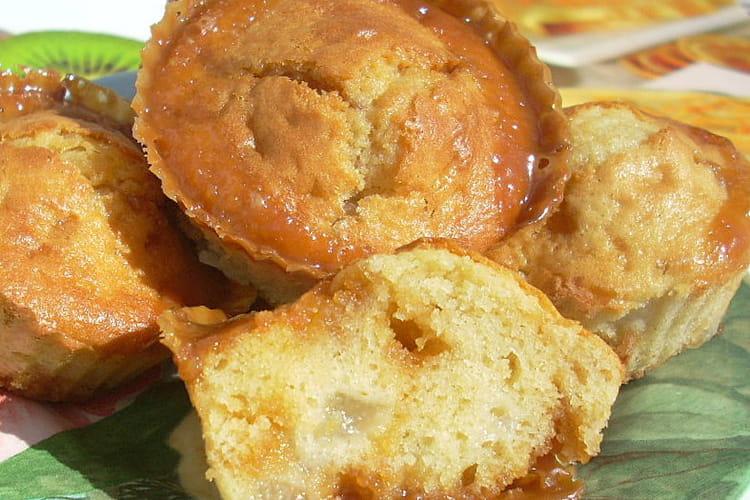 Mini muffins aux poires, coeur caramel au beurre salé