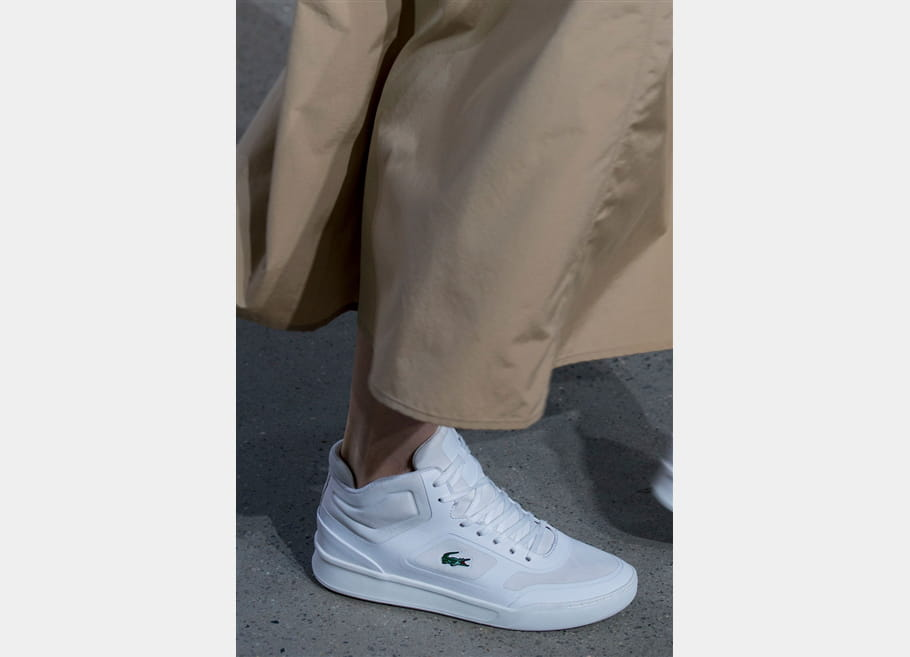 Lacoste (Close Up) - photo 8