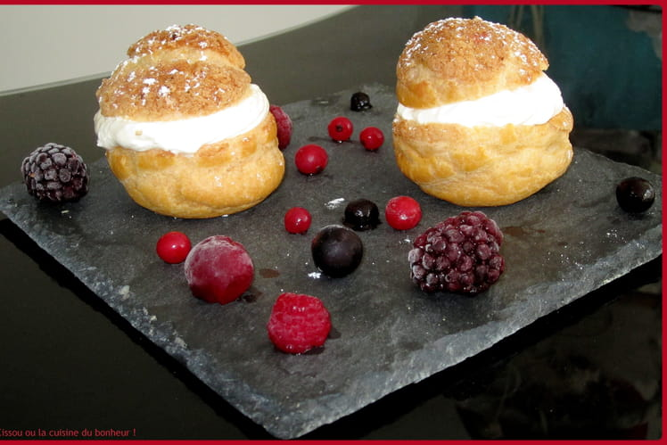 Choux au citron et fruits rouges