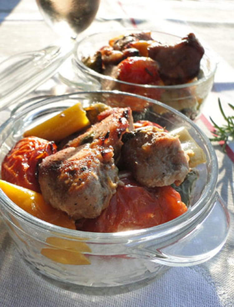 Recette de saut de porc aux tomates et poivrons confits - Cuisiner un saute de porc ...