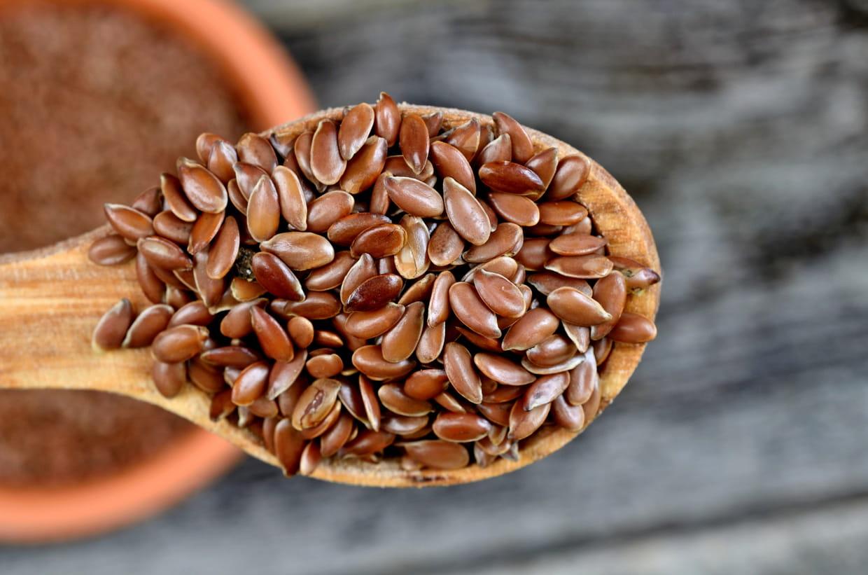 Graines de lin : bienfaits, calories, comment les utiliser ?