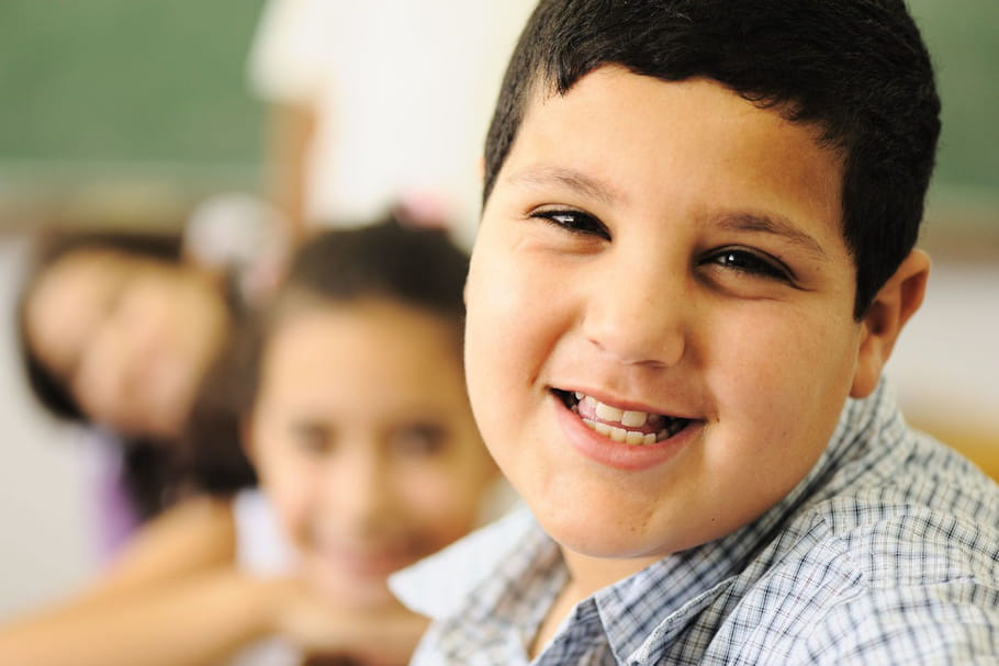 Pourquoi les enfants ont-ils tendance à grossir à l'adolescence ?