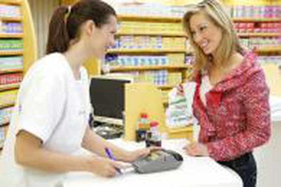 Pharmacies: des prix élevés et peu deconseils