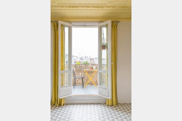 Plafond jaune pâle