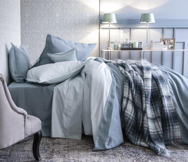 Parure de lit en lin et satin de coton Rive droite Rive gauche par Alexandre Turpault
