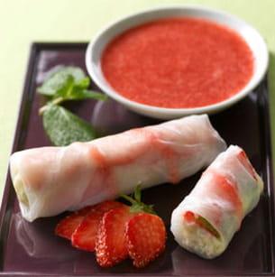 rouleaux de printemps aux fraises