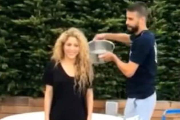 Shakira Ice Bucket Challenge