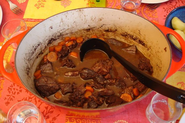 Boeuf bourguignon aux petites carottes pour 4 personnes