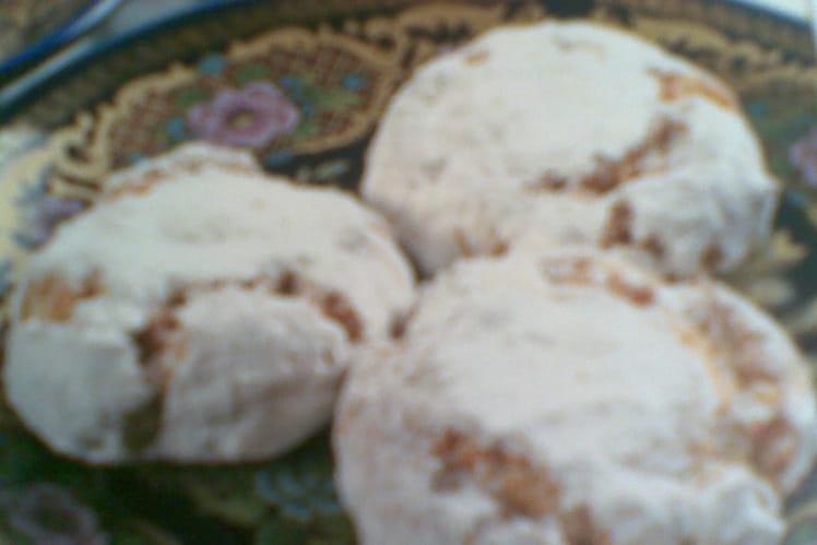 Recette De Ghribas Ou Biscuit Aux Amandes La Recette Facile