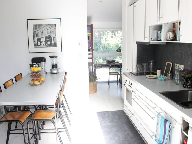 avant apr s une maison des ann es 1930 r nov e. Black Bedroom Furniture Sets. Home Design Ideas