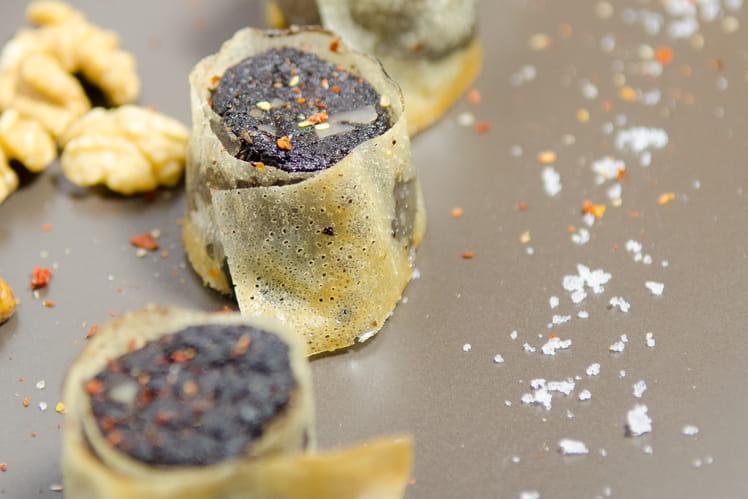 Croustillants de boudin noir au porto et noix