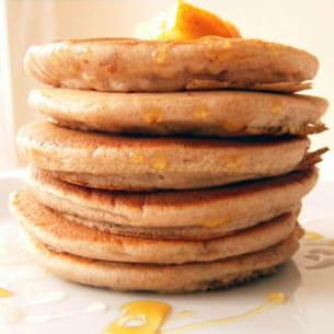 pancakes épais à l'orange et à la châtaigne