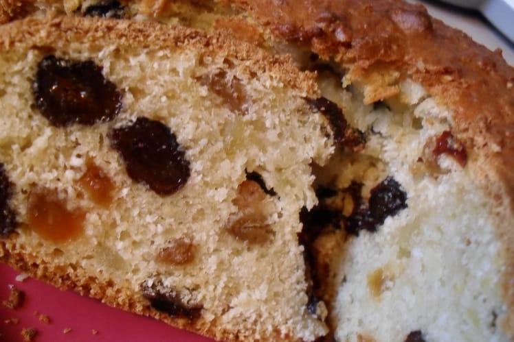 Gâteau aux raisins secs à la pomme de terre