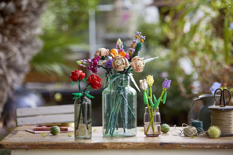 Dites-le avec des fleurs LEGO® plus vraies que nature!