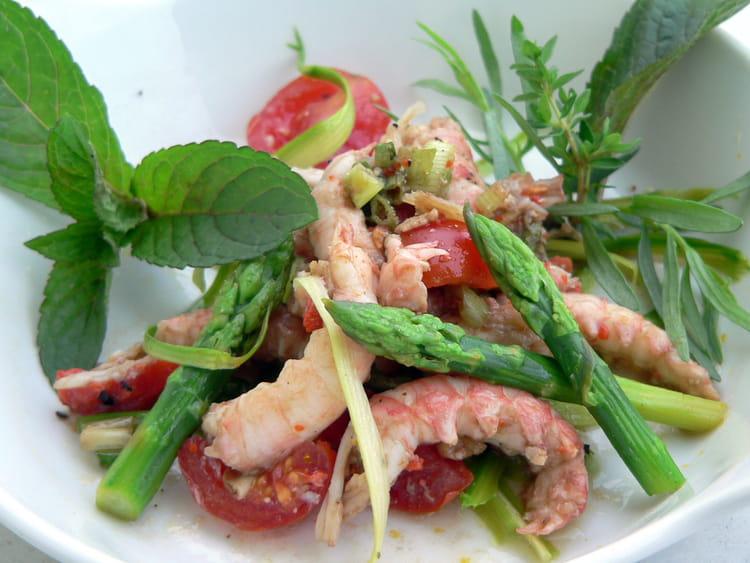 Recette de salade de langoustines aux asperges vertes la recette facile - Cuisiner les asperges vertes ...