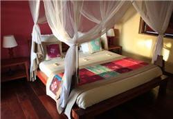 dans les zones à moustique, il est souvent indispensable de dormir sous une