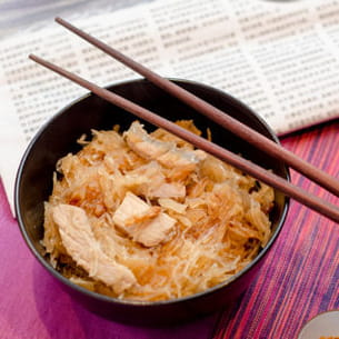 wok de choucroute, porc et nouille de soja
