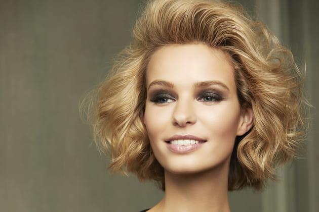 20 coiffures parfaites pour les visages ronds en 2020