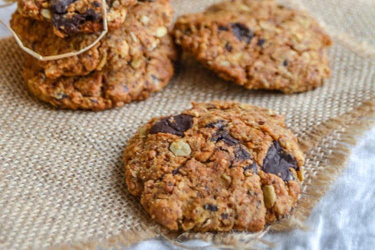 Cookies vegan au beurre de cacahuètes et chocolat noir