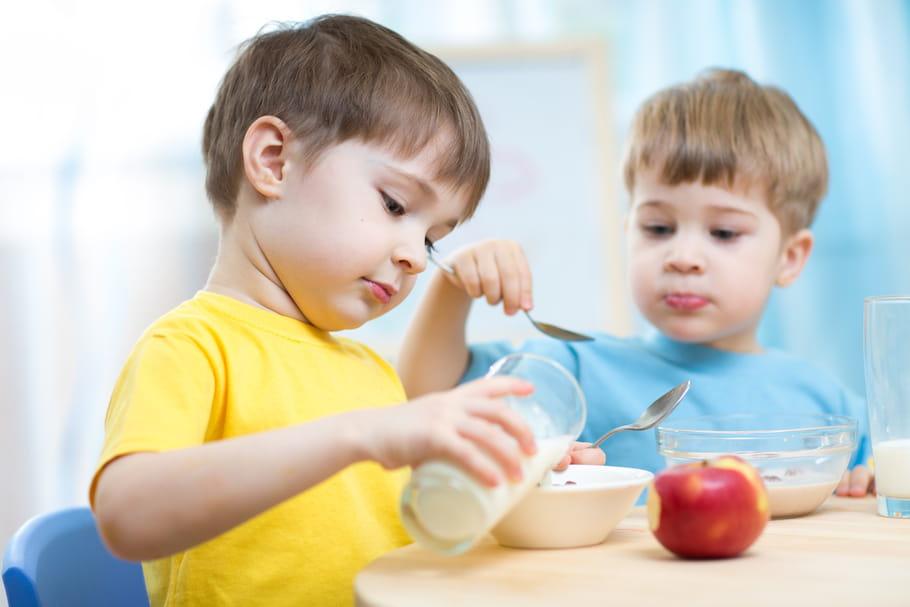 Petit-déjeuner : trop d'enfants arrivent à l'école le ventre vide