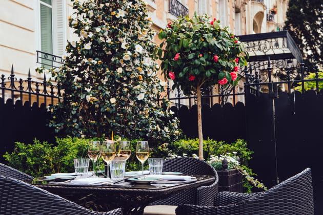 La terrasse du 8 Iéna au Shangri-La Hôtel