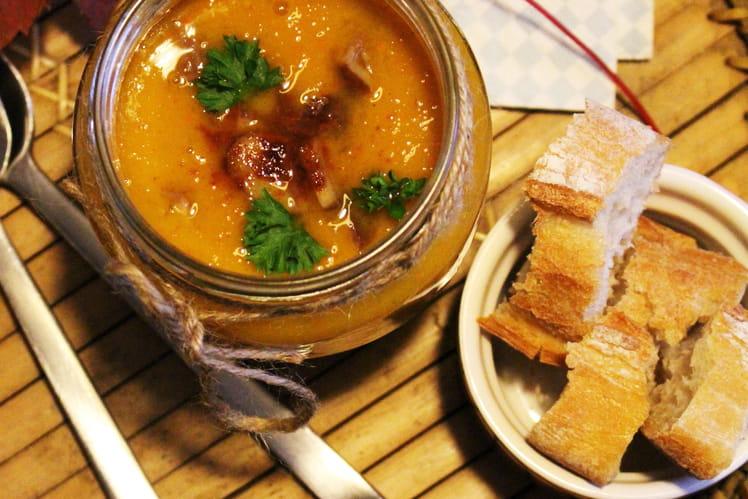 Soupe de potimarron, patate douce et marrons