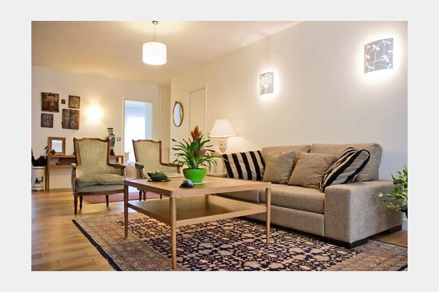 Salon clair meubles classiques et contemporains