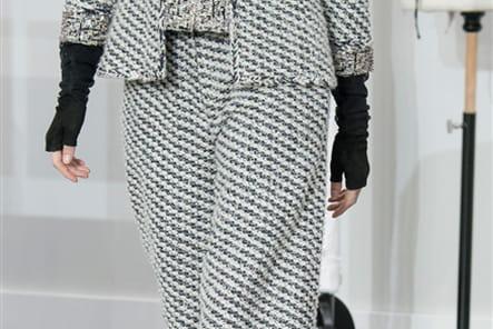 Chanel (Close Up) - photo 3