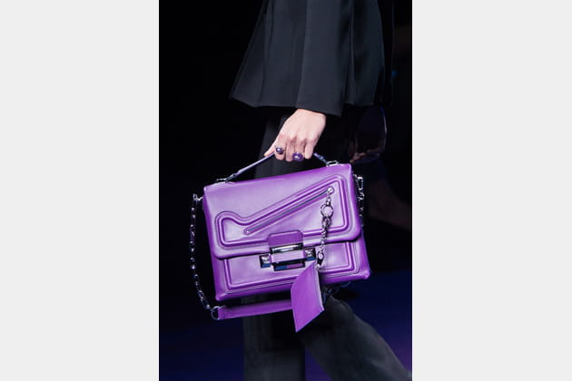 Versace (Close Up) - photo 28