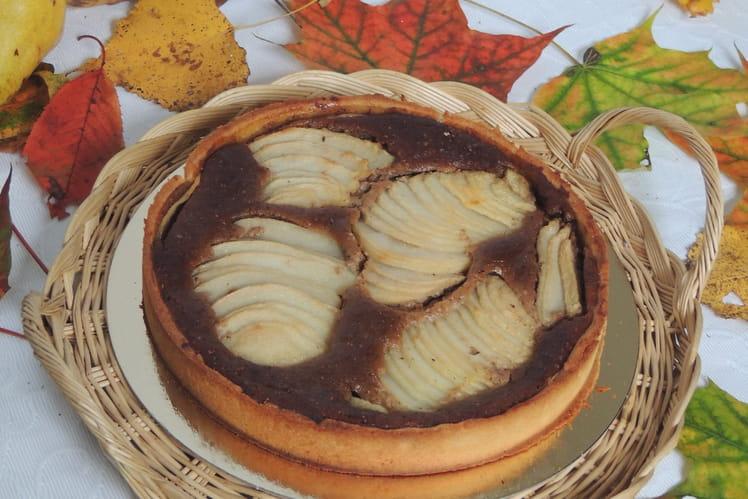 Tarte aux poires à la frangipane et au praliné