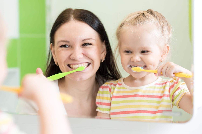 8astuces pour l'inciter à se brosser les dents