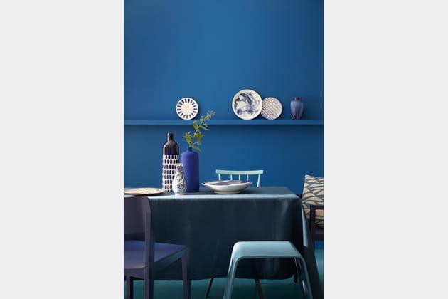 peintures nuances de bleu par little greene. Black Bedroom Furniture Sets. Home Design Ideas