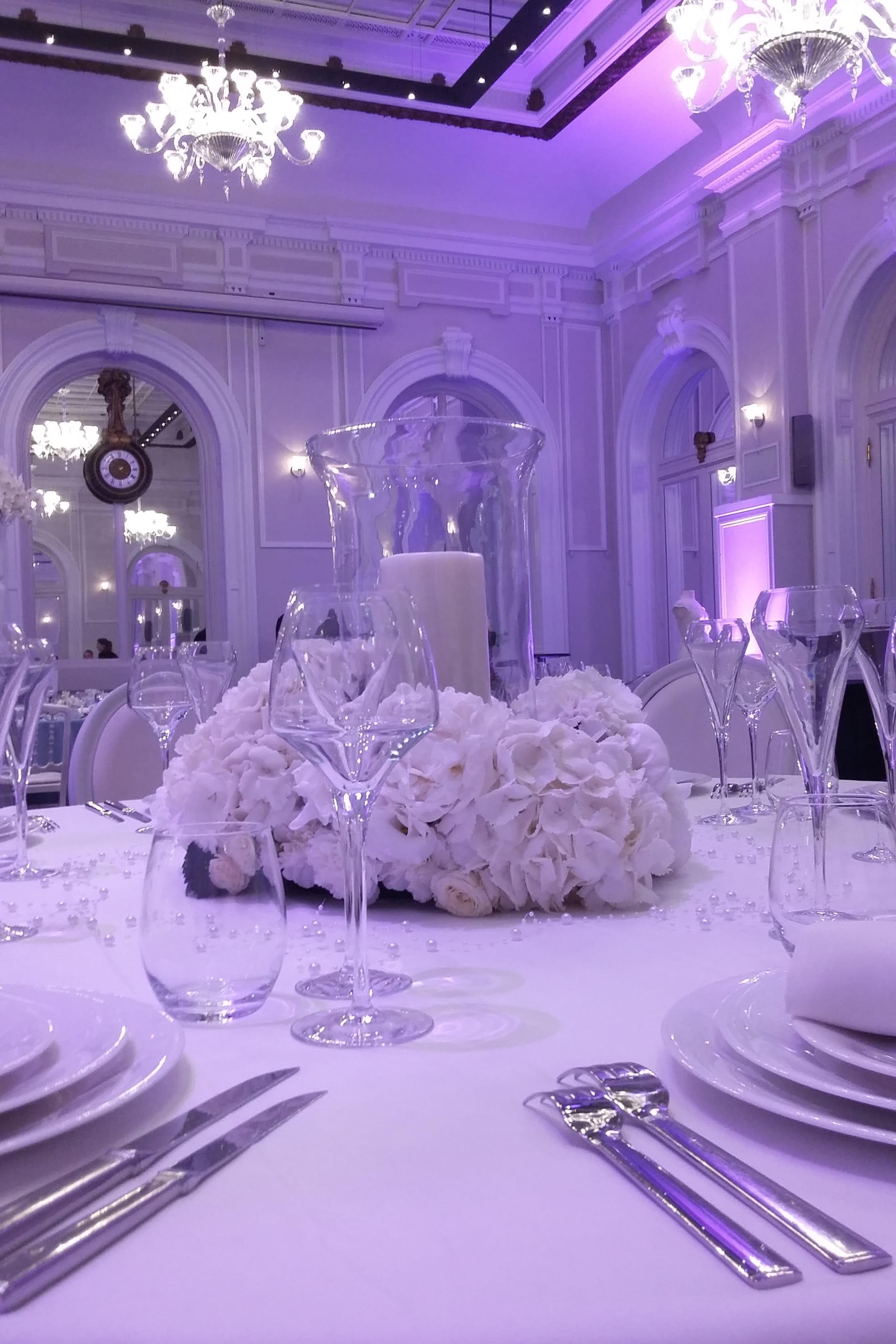 Le Salon Baccarat Du Hilton Paris Opera