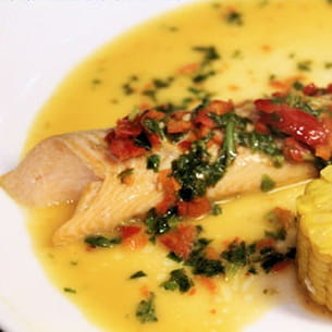 saumon au beurre de basilic pimenté