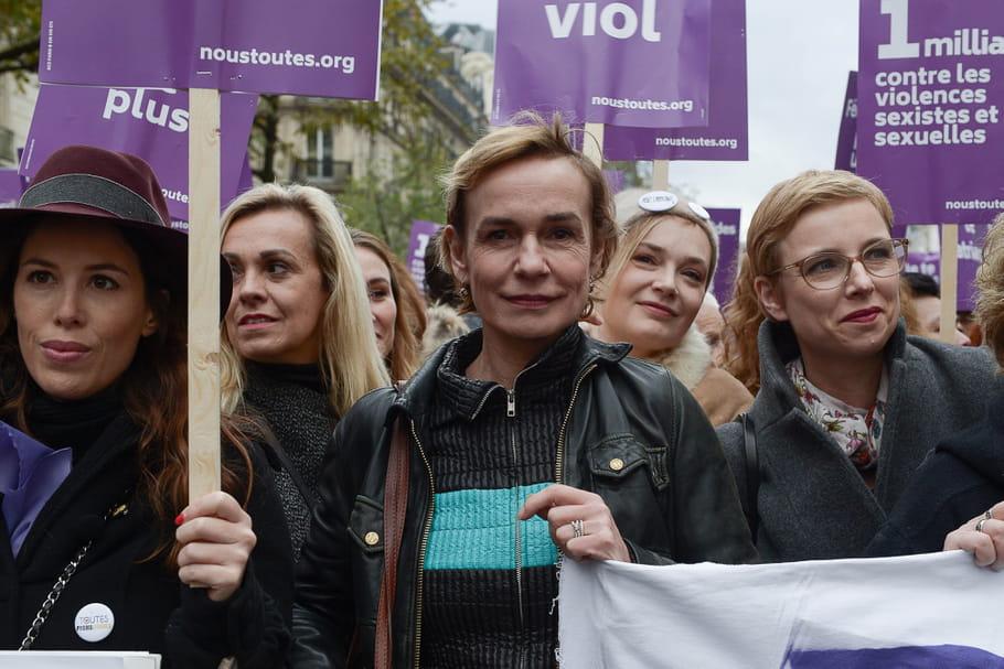 """""""J'ai craché des dents, du sang"""": Sandrine Bonnaire, victime de violence conjugale"""