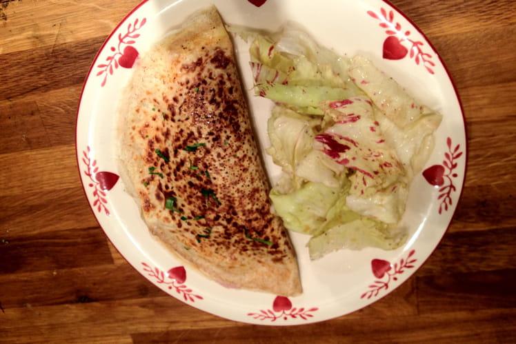 Crêpe aux cèpes et jambon, salade verte