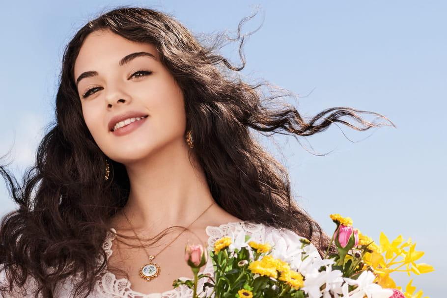 La fille de Vincent Cassel et Monica Bellucci devient égérie Dolce & Gabbana