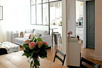 petit espace comment agrandir visuellement une pi ce. Black Bedroom Furniture Sets. Home Design Ideas