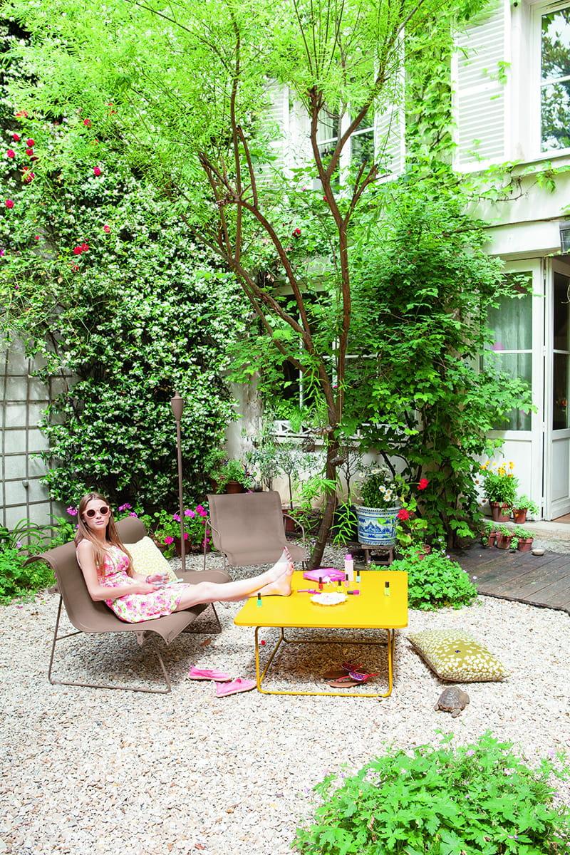 salon de jardin color de fermob. Black Bedroom Furniture Sets. Home Design Ideas