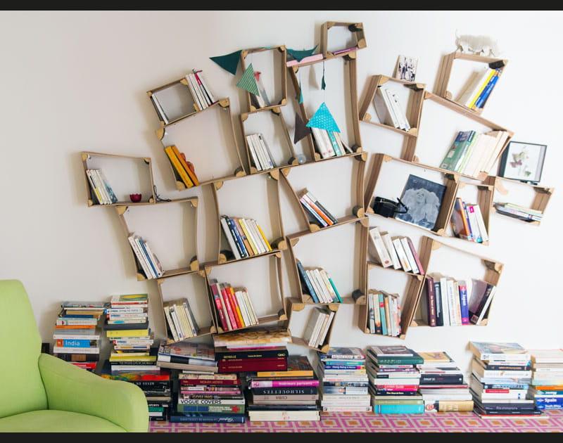 Une bibliothèque un peu folle