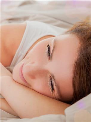 il est important de s'imposer des heures fixes de coucher.