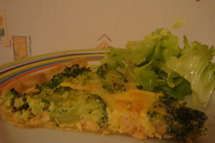 Quiche au brocoli et au saumon frais