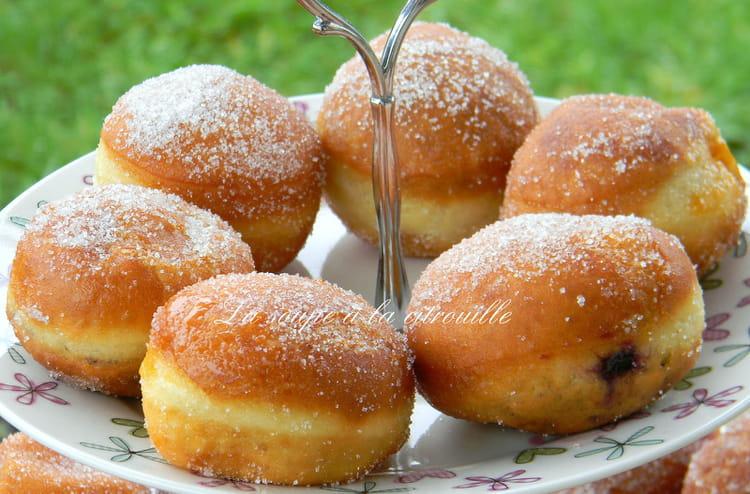Recette de petits beignets la confiture la recette facile - Recette beignet levure de boulanger ...