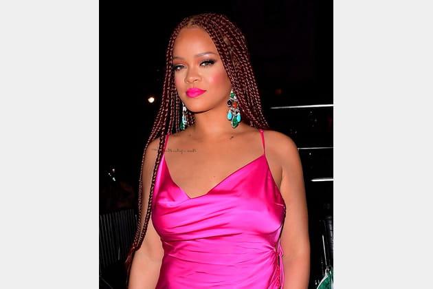 Flop: Rihanna et son rouge à lèvres rose fluo